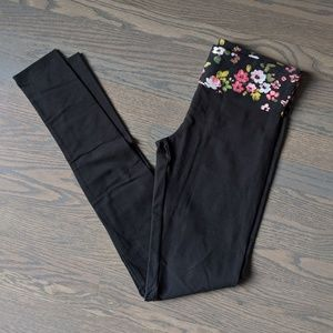 Victoria's Secret Pants - New VS Skinny Yoga Pants!